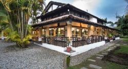 Traders Hall Shangri~La Village Resort